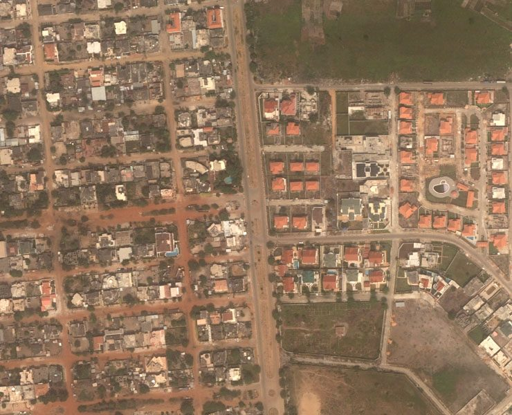 Benin: Official hand-over of aerial photos to the Government